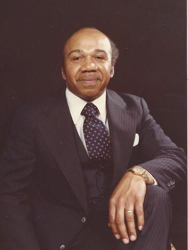 Walter M. Griggs Jr., 82, funeral director