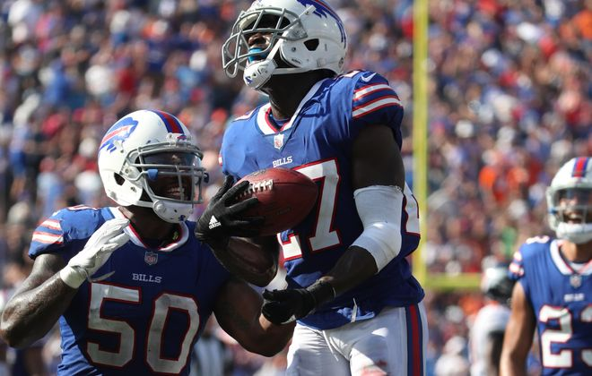 Buffalo Bills cornerback Tre'Davious White's positive overall grade was the 21st-highest among 91 qualifying cornerbacks against the Buccaneers.  (James P. McCoy/Buffalo News)