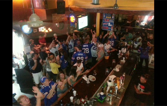 The Charlotte Buffalo Backers Club gathers at Tavern on the Tracks in Charlotte, N.C., to watch Bills games. (Photo courtesy Andy Murray)