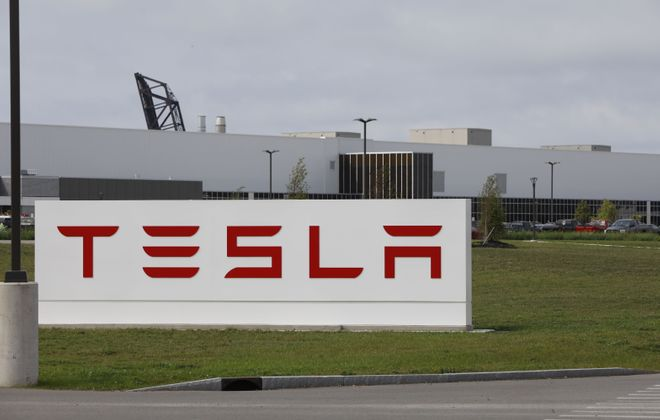Even with stresses in the solar panel industry, Tesla must meet its job creation promises for the RiverBend plant in South Buffalo. (Derek Gee/News file photo)