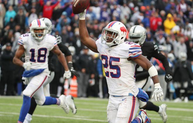 Bills running back LeSean McCoy got 33 touches on 50 snap Sunday against Oakland. (James P. McCoy/Buffalo News)