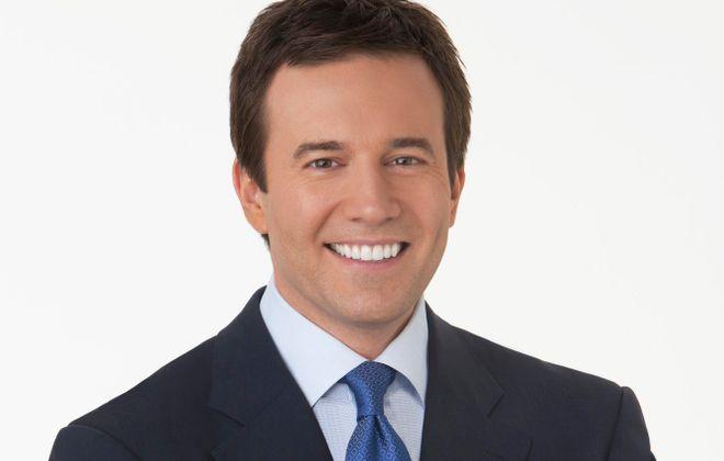 Buffalo native Jeff Glor anchors the CBS evening news.