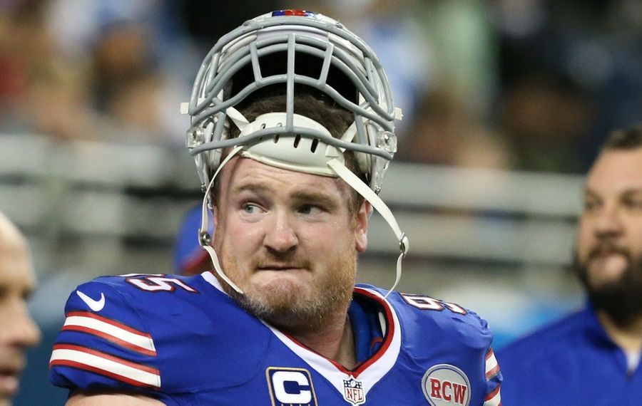 Bills defensive tackle Kyle Williams is recovering from a knee injury suffered in the second week of the preseason.  (James P. McCoy/Buffalo News)