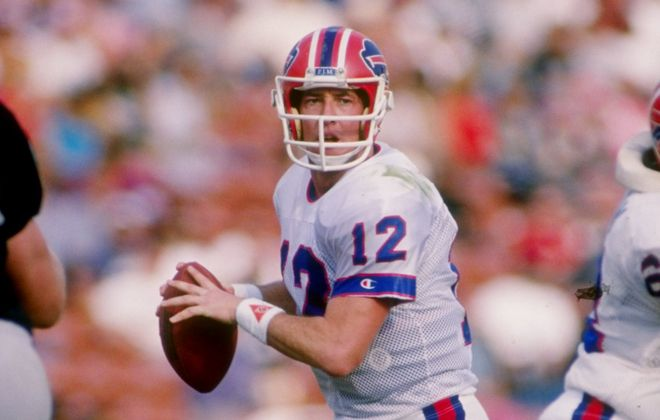 Jim Kelly threw for three touchdowns in the Bills' 38-24 victory over the Raiders on Oct. 6, 1990. (Getty Images)