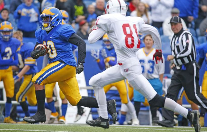 Cleveland Hill running back Aaron Wahler runs for a touchdown during last year's Class C final against Southwestern. (Harry Scull Jr./Buffalo News)