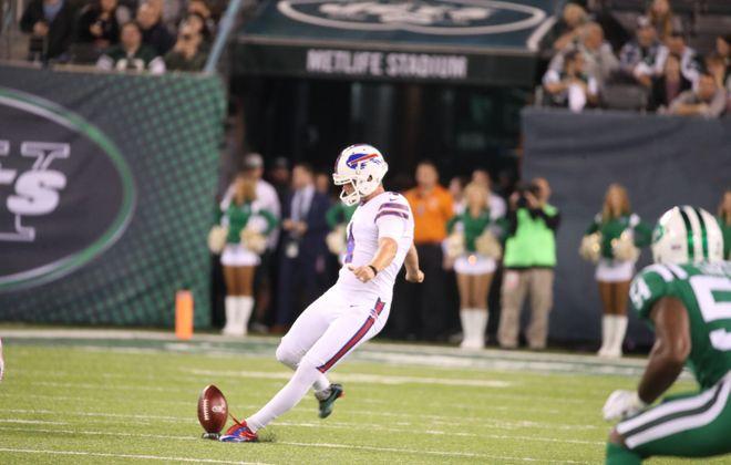 Buffalo Bills kicker Stephen Hauschka kicks off. (James P. McCoy/Buffalo News)
