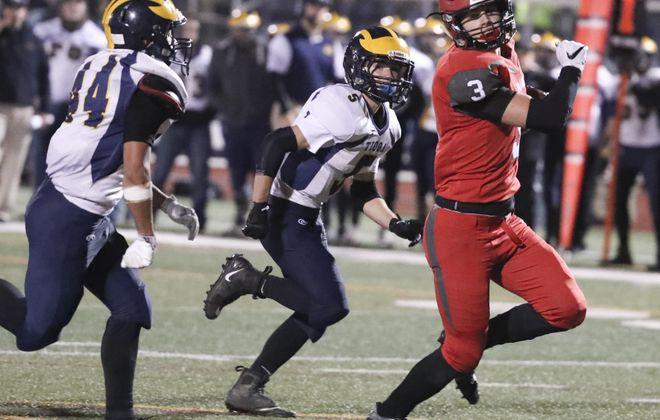 Maple Grove's Nick Fabrizio scored three touchdowns in last week's semifinal win over IV-Tioga at Union-Endicott High School.  (James P. McCoy / Buffalo News)