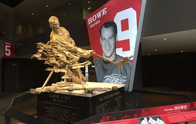 A statue of Gordie Howe is featured in the concourse of Little Caesars Arena (Mike Harrington/Buffalo News).