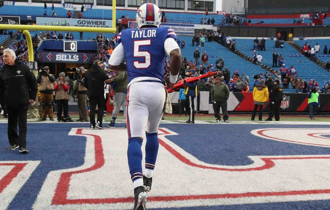 Seeing Tyrod Taylor and the rest of the Bills leave the field at the end of Sunday's game couldn't come soon enough for fans. (James P. McCoy/Buffalo News)