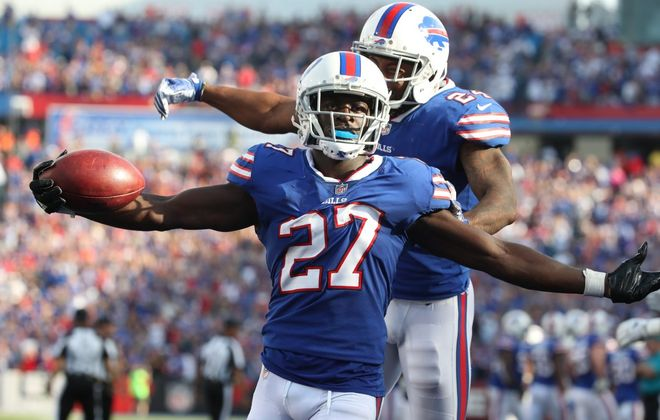 Buffalo Bills cornerback Tre'Davious White (27) finished third among all rookies in snaps in 2017. (James P. McCoy/Buffalo News)