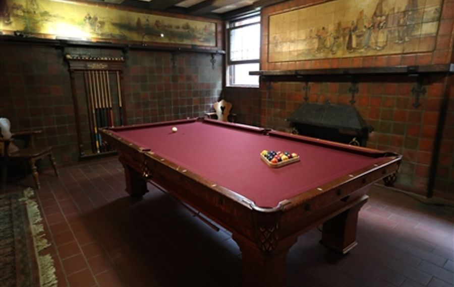 Antique pool table returns to Buffalo