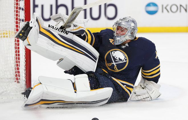 Robin Lehner has been red-hot on the road (Mark Mulville/News file photo).