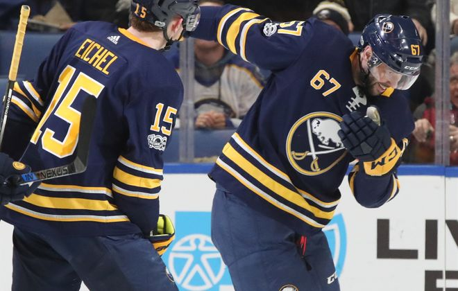 Benoit Pouliot is getting ample opportunity with the Sabres, including playing on a line with Jack Eichel. (James P. McCoy/Buffalo News)