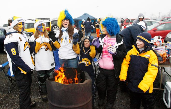 Tailgating took on a different look during the 2008 Winter Classic. (James. P. McCoy/Buffalo News)