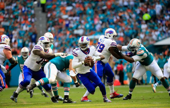 Tyrod Taylor of the Buffalo Bills looks to pass the ball against the Miami Dolphins at Hard Rock Stadium on Oct. 23, 2016, in Miami. (Getty Images)
