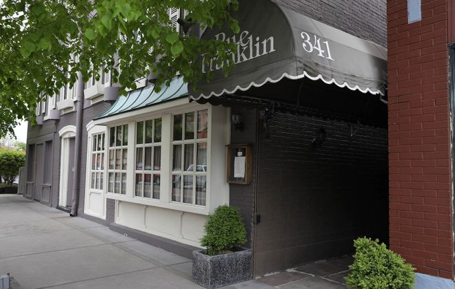 The restaurant space at 341 Franklin St., has been dark since in 2017. (2015 Buffalo News photo)