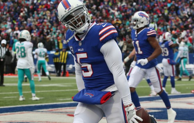 Tyrod Taylor is the Bills' QB of the 2010s — unless Josh Allen wins a playoff game this January. (James P. McCoy/News file photo)