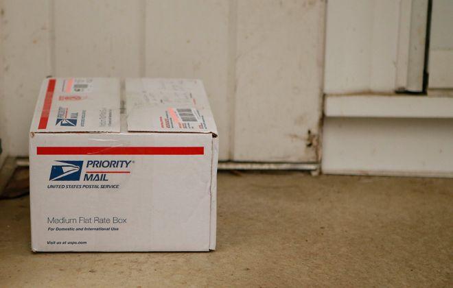 Christmas shipping deadlines are here. (Derek Gee/Buffalo News)