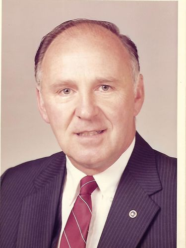 Daniel T. Kirst, 82, former HSBC Bank officer