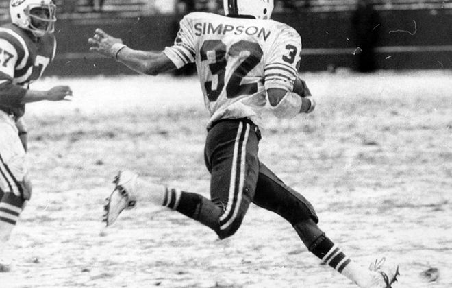 O.J. Simpson played nine of his 11 NFL seasons for the Bills with No. 32. (News file photo)