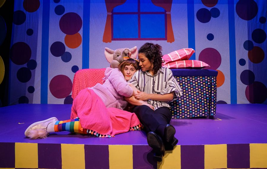 "Renee Landrigan plays Junie B. Jones and Melinda Capeles is her Mom in ""Junie B. Jones is Not A Crook"" at the Theatre of Youth. (Photo by Benjamin Richey)"