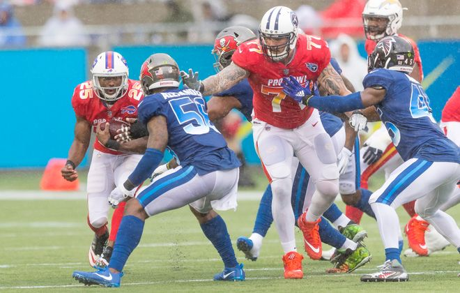 Bills running back LeSean McCoy runs the ball during the NFL Pro Bowl on January 28 at Camping World Stadium in Orlando, Fla. (Getty Images)