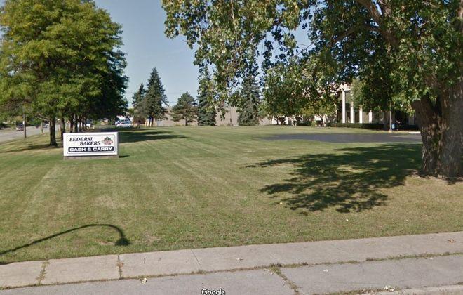 Investor Harvey Kaylie buys Buffalo warehouses
