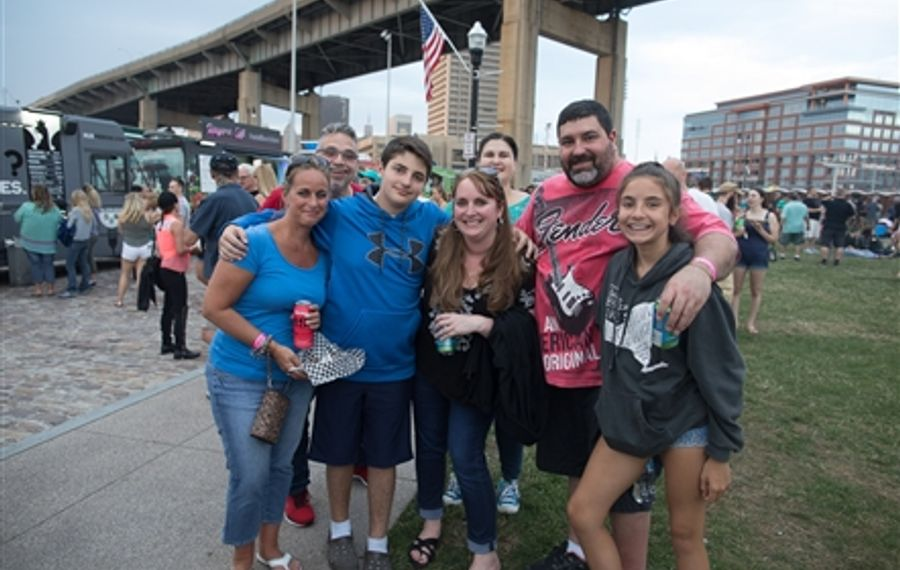 Smiles at Theory of a Deadman at Canalside