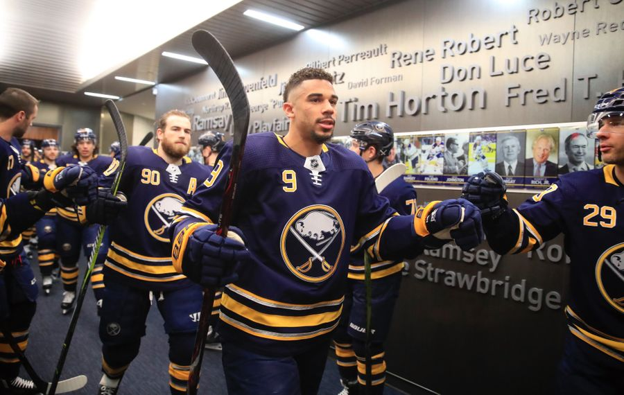 Evander Kane has five points in three games with San Jose (Harry Scull Jr./Buffalo News)