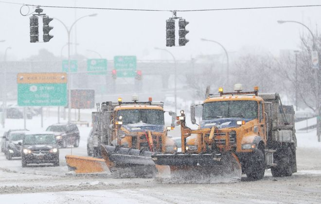 Will it rain or will it snow? National Weather Service forecasters say expect both on Friday. (Sharon Cantillon/Buffalo News)