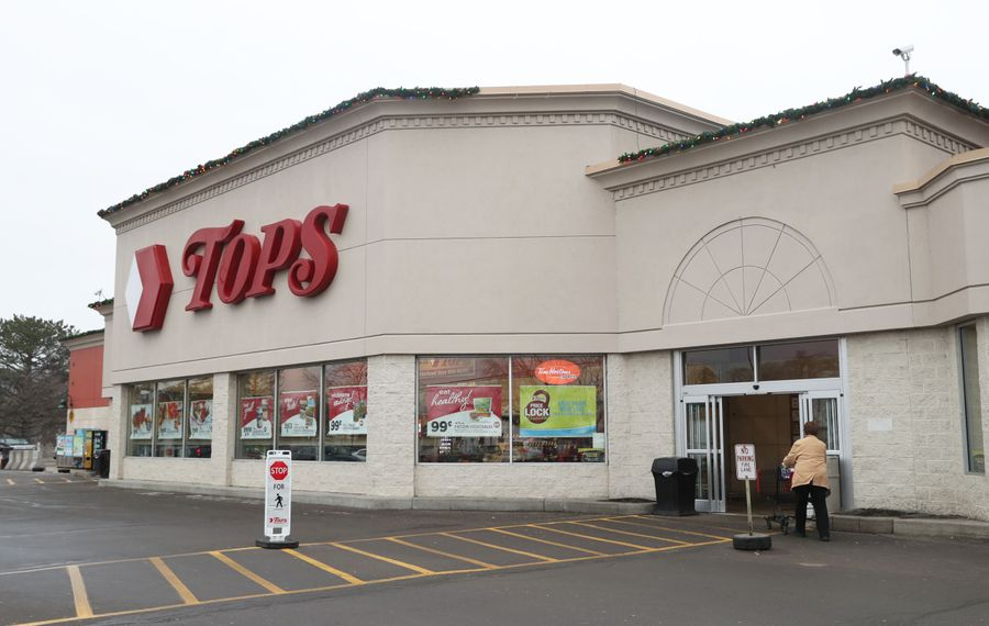 Hefty debt and sluggish sales pushed Tops Markets into bankruptcy. (Sharon Cantillon/News file photo)