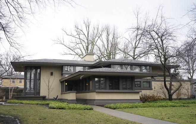 The Walter V. Davidson House on Tillinghast Place in Buffalo. (Derek Gee/News file photo)