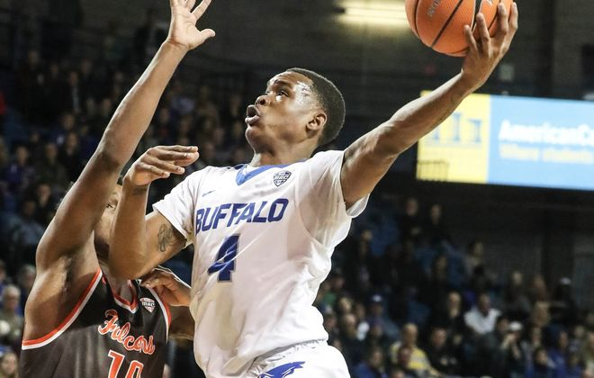 UB guard Davonta Jordan scored six points during a decisive 15-3 run Monday night against Southern Illinois.  (James P. McCoy / Buffalo News)