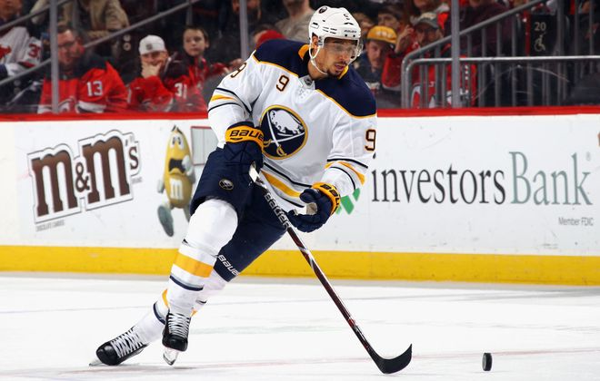 Evander Kane will make his Sharks debut on a line with Joe Pavelski and Joonas Donskoi (Getty Images).