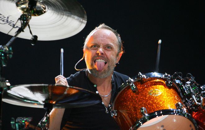 Metallica drummer Lars Ulrich entertains during the band's Nov. 10, 2009, show in HSBC Arena. (News file photo)