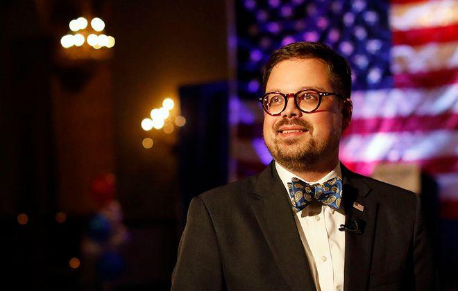 Steve Cichon will replace John Zach as news director at WECK-AM/FM.(Derek Gee/News file photo)