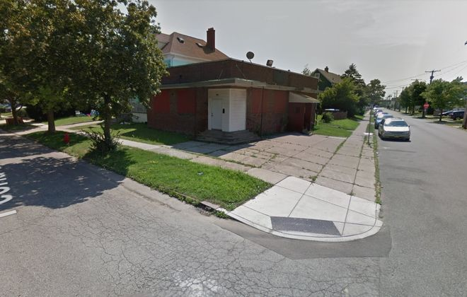 This former restaurant and motorcycle club in Black Rock may soon be a church. (Google maps)