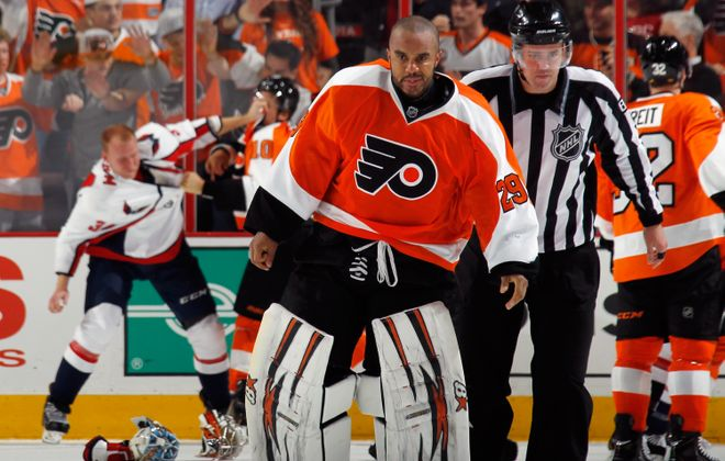 Former Flyers goalie Ray Emery pictured in 2013.  (Getty Images)