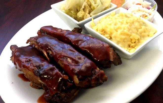 Rib dinner at Je Ne Sais Quoi. (Andrew Galarneau/Buffalo News)