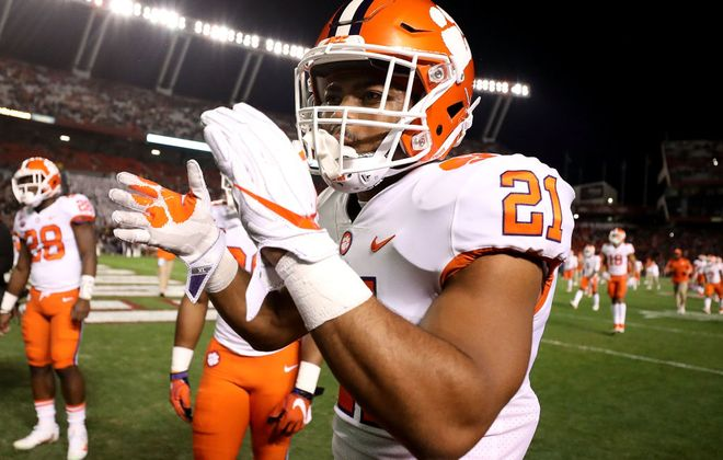 Ray-Ray McCloud #21 of the Clemson Tigers warms up ahead of their game against the South Carolina Gamecocks at Williams-Brice Stadium on November 25, 2017 in Columbia, South Carolina.  (Photo by Streeter Lecka/Getty Images)