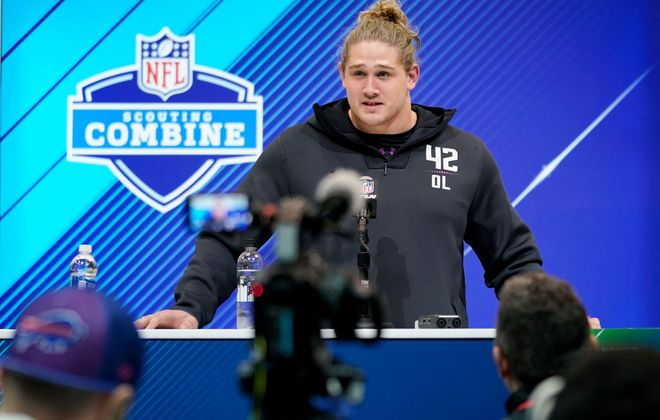 It looks like Wyatt Teller will get his first NFL start against the Jets. (Getty Images)