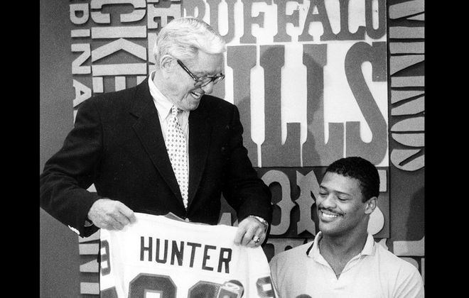 Bills general manager Patrick J. McGroder with Tony Hunter on June 18, 1983. (New file photo)