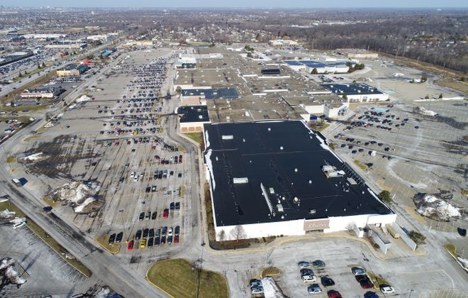 """Largest piece of $33.5 million mortgage on McKinley Mall in Hamburg is at risk of """"imminent monetary default,"""" says Fitch Ratings. Trepp, an analytics firm, warned that administration of the loan was transferred to a """"special servicer."""" (Derek Gee/Buffalo News)"""