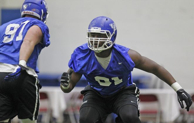 Former UB defensive end Demone Harris has signed with the Chiefs. (News file photo)