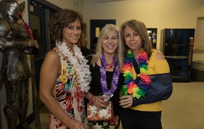 Smiles at Tropical Dreamin' for Families Touched by MS