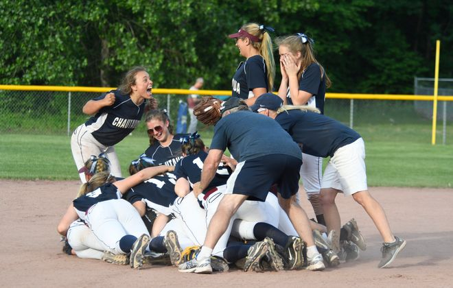 Chautauqua Lake softball celebrates its state championships (Jenn March, Special to Buffalo News)
