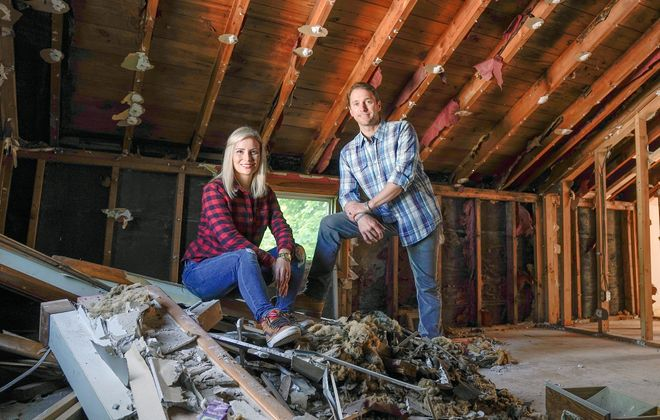 "Chris and Lorissa Naugle's show, ""Risky Builders,"" premiers on HGTV June 24 at 2 p.m."
