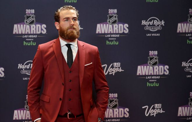 Ryan O'Reilly walks the red carpet at the NHL Awards Show Wednesday night in Las Vegas. (Getty Images)