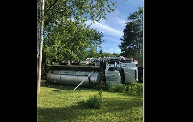 Driver of overturned septic tank truck charged with aggravated DWI