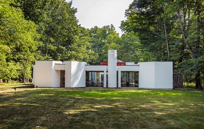Open house: East Aurora contemporary